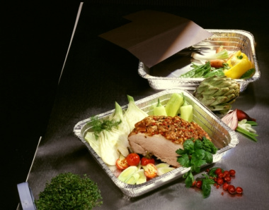 3 Gastronorm-Behälter, Alu eckig 8,5 l 52,7 cm x 32,6 cm x 8 cm 1/1